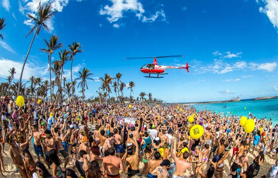 16 Great Beaches to Party On Around the World