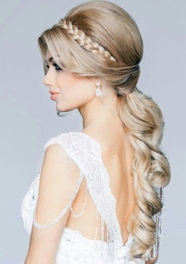 Fantastic! 50 most Romantic Hairstyles for the Happiest Moments in Your Life