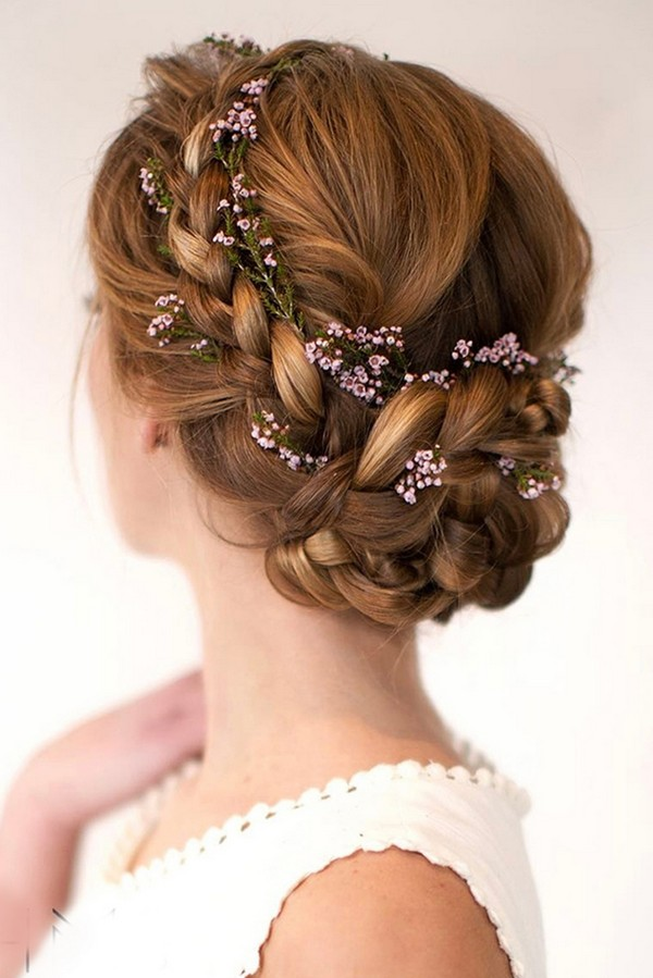 18 Gorgeous Wedding Hairstyles with Flower Crown